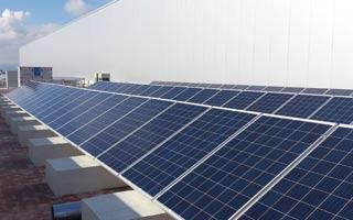Sofos Energía instala una planta fotovoltaica de autoconsumo en un gran centro logístico de Barcelona