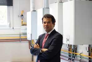 Emiliano-Sakai-Ariston-calefacción