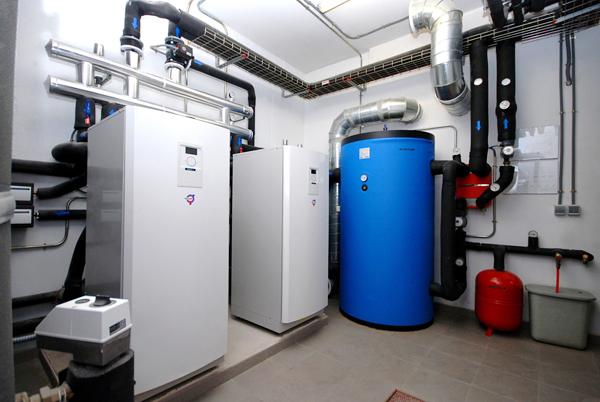 Instalaci n de geotermia para la climatizaci n del for Compresor hidroneumatico