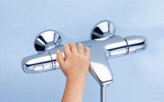 nuevos grifos termost ticos para ducha y ba o grohe grohtherm 1000 new. Black Bedroom Furniture Sets. Home Design Ideas