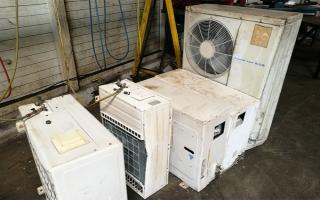 Un aparato de aire acondicionado no reciclado genera la misma cantidad de CO2 que 250 coches circulando diariamente