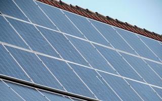 El Gobierno autoriza la tramitación urgente de las condiciones técnicas y administrativas del autoconsumo de energía