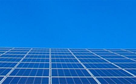 El MITECO invertirá 316 millones de euros para apoyar proyectos innovadores en renovables