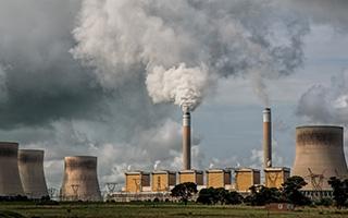 Kingspan, líder mundial de la industria de la construcción, lanza su plan para hacer frente al cambio climático