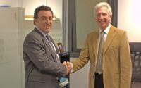 Caloryfrio.com y AISLA firman un acuerdo para incrementar la colaboración en el ámbito del aislamiento térmico, acústico e impermeabilización